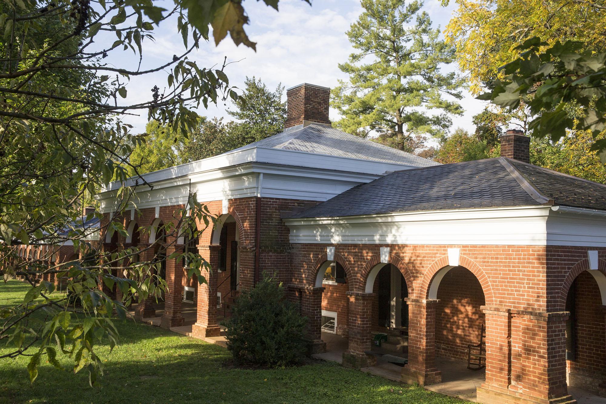 Roofinox Zinn matt für eine historische Sanierung in Amerika mit höchster Lebenserwartung über 100 Jahre